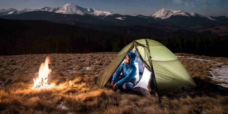 How to Keep Warm when Camping