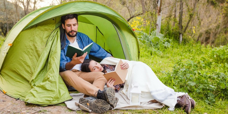 Romantic Camping Getaway Guide Romantic Camping Tips and Ideas for Couples 2